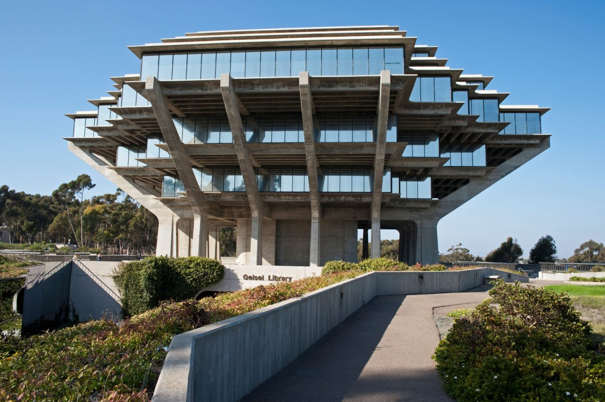 Modern Architecture Ugly ordinary american modern architecture #4: ugly-college-building